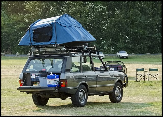 Range Rover Classic Roof-Top Tent.