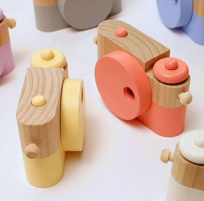 jouets en bois, caméras pour les petits