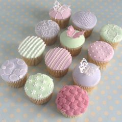 Pretty u0026 Easy Cupcake Decorating Ideas & 542 best Mixed Ideas images on Pinterest   Biscuit Cupcake ...