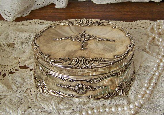 Vintage Music Box Jewelry Box Trinket Box Towle by cynthiasattic, $68.00