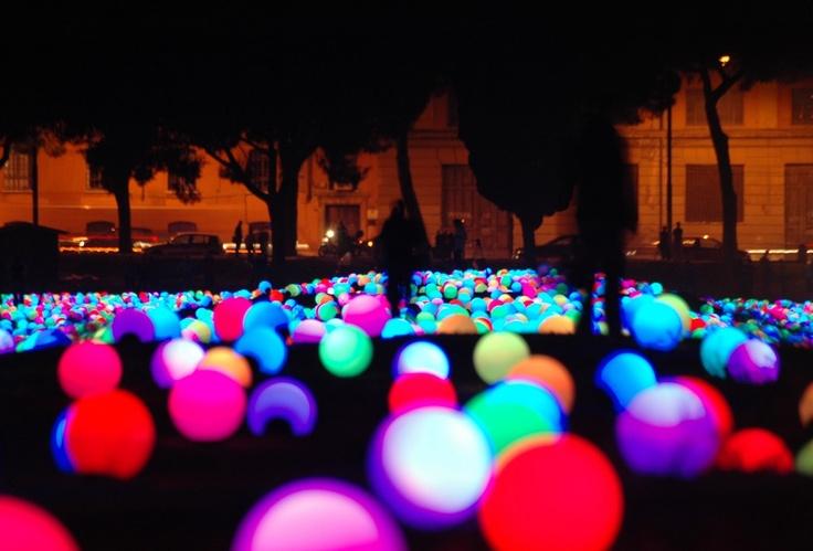 luces en plaza paris brasil