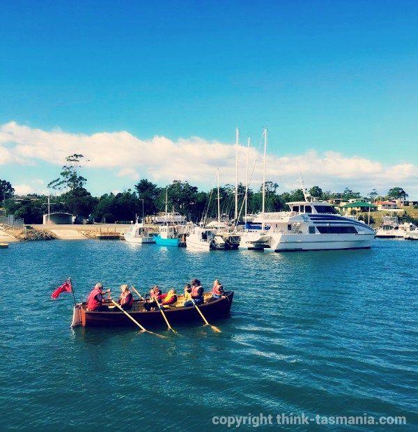Rowing at Seafest Triabunna ~ article and photo for think-tasmania.com ~ #rowing #Tasmania #EastCoastTas #Seafest #Triabunna