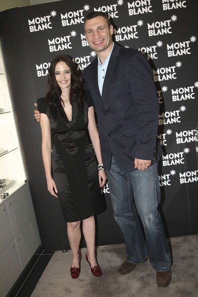 Eva Green Photos Photos - Montblanc brand ambassador Eva Green and boxer Vitali Klitschko attend the reception during the Montblanc White Nights Festival at Montblanc Boutique on Nevsky Prospekt on June 18, 2010 in Saint Petersburg, Russia. - Montblanc White Nights Festival - Store Reception