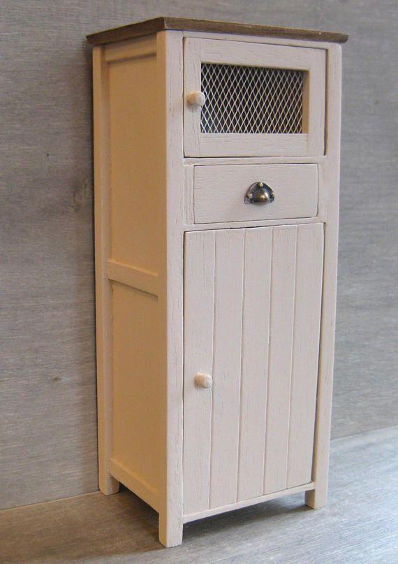die besten 25 speisekammer schrank ideen auf pinterest larder schrank kleine pantry und. Black Bedroom Furniture Sets. Home Design Ideas