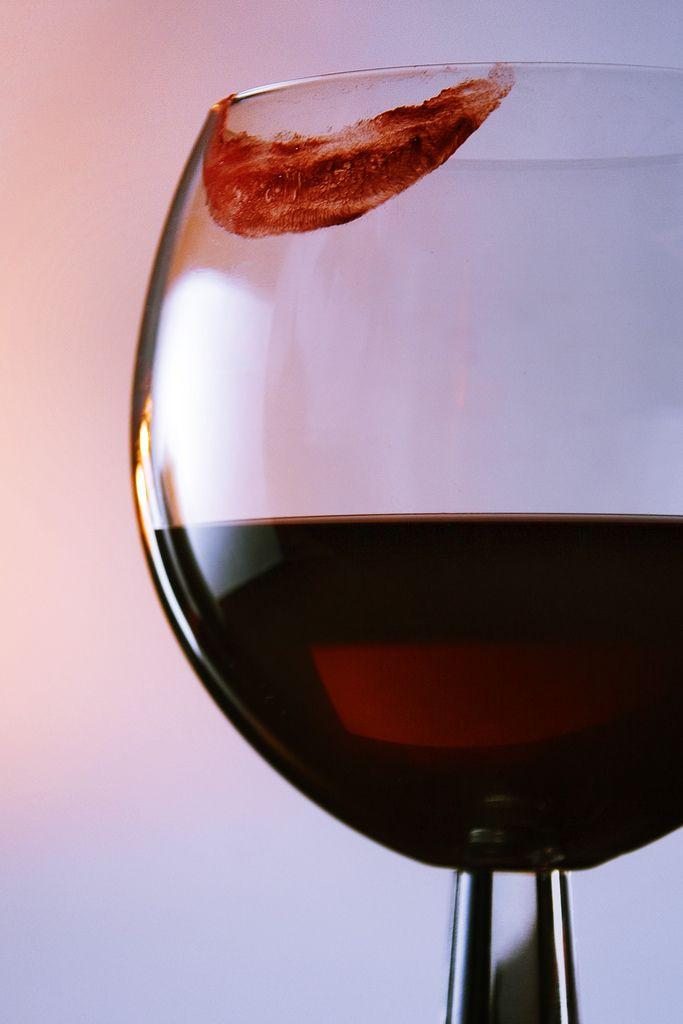 Can you match your lips to your fav red wine?!