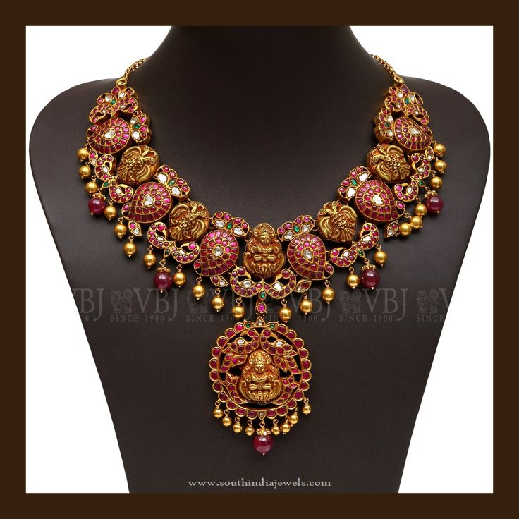 Traditional Gold Antique Jewellery Designs, Traditional Antique Kemp Necklace Designs, Traditional Gold Antique Necklace Models.