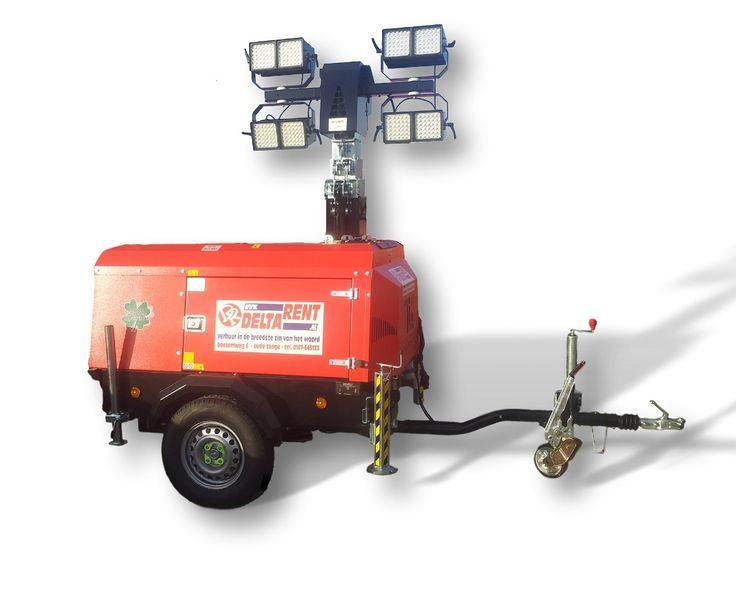 Voordelen van de VT-Hybride : -  Uitstoot nul en geluidsniveau nul. -  Uitgevoerd met LED-lampen -  Wanneer opladen geen mogelijkheid is start automatisch een zuinige 1 cilinder motor die tegelijkertijd de accupack oplaad en voor verlichting zorgt. -  Geen ballasten en lampglazen meer vervangen. -  De 150 watt LED-light levert gelijkwaardige verlichting als 4 x 400 watt gasontladingslampen -  Gemiddelde besparing op brandstof maar liefst € 400,- per maand!!