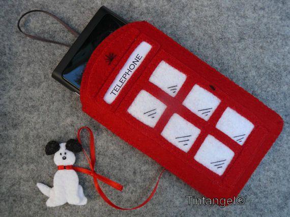 Smartphone hoesje  Engelse telefooncel van Tintangel op Etsy