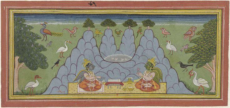 Anonymous | Twee vogels, zittend op een berg, een heilige tekst lezend, Anonymous, 1700 - 1799 | De vogels zijn in de gedaante van goden met vleugels afgebeeld, de linkerfiguur heeft een blauw gezicht ( gestalte van Krishna) en blauwe vleugels, de rechterfiguur een groen gezicht en groene vleugels; de berg bestaat uit vier toppen van gelijke hoogte waarop vier miniatuurboompjes staan, in een dal boven de hoofden van de vogel-godheden is een ronde vijver met vier eendjes; in het weiland aan…