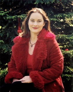 """Join us TONIGHT for a Mitchell Auditorium Christmas tradition with new selections from Katie McMahon. Katie hails from Dublin, Ireland, and is best know as the """"Voice of Riverdance,"""" with soaring soprano solos that were described as """"poetry, perfection and purity.""""  http://www.css.edu/About/Spotlight-Arts-and-Lectures/Calendar.html?trumbaEmbed=eventid%3D100118628%26view%3Devent%26-childview%3D"""