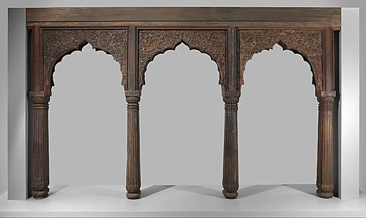 So like some we have coming this fall: The baluster pillars supporting these arches became popular during the reign of Shah Jahan, in the mid-seventeenth century when they were used throughout his palaces. The form was then adopted in central and northern India, in residential architecture and even temples.
