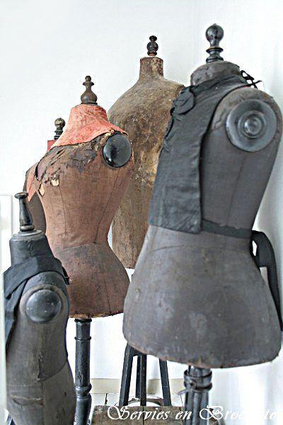 Servies en Brocante ~a beautiful blog...fabulous european vintage/antiques