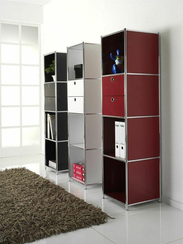 С помощью системы мебели SYSTEM4 легко реализовать свои собственные смелые замыслы и получить индивидуальное решение для поставленных задач. Благодаря модульной структуре всегда можно дополнить, расширить или изменить конфигурацию мебели. Изысканный дизайн, высокое качество материалов - престижно и неподвластно времени