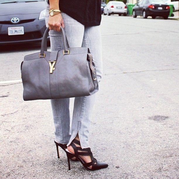 grey jeans, grey purse. Love it.