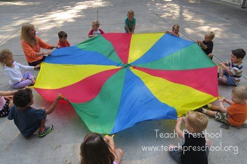 Parachute basics: The hello game by Teach Preschool