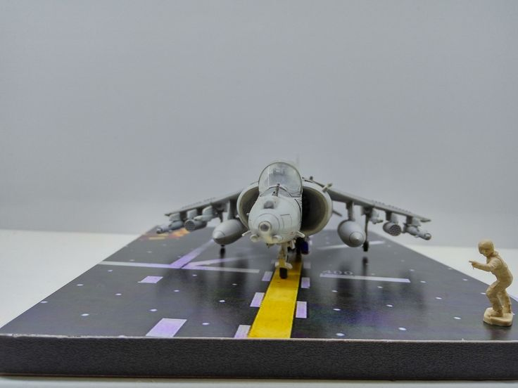 1/72 BAe Harrier