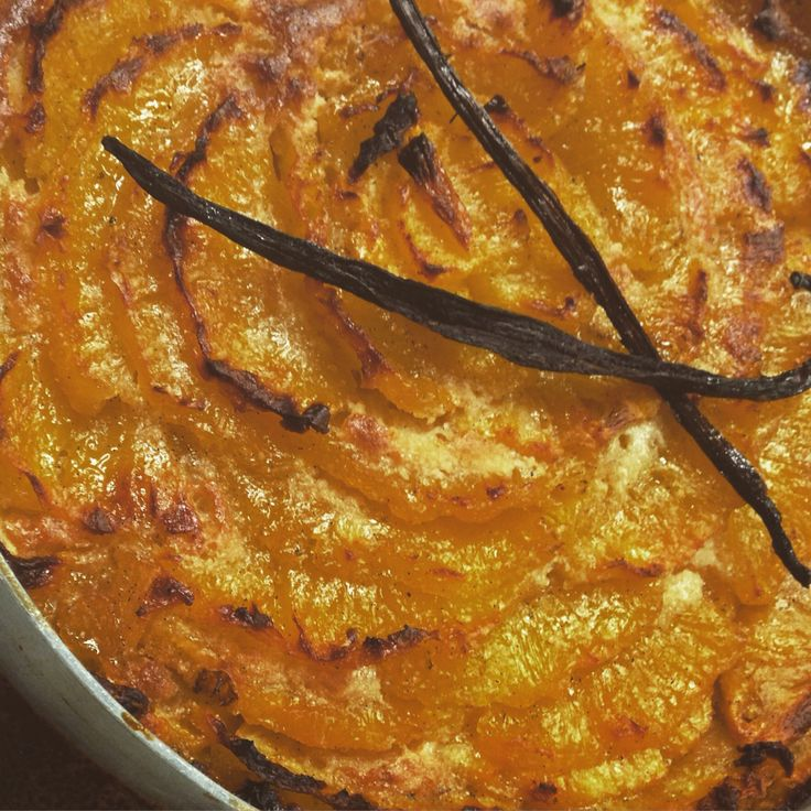 My rustic tart ananas! Base sweet pastry,almond cream, ananas caramelize with vanilla,rum,brown sugar By chef patissier Argiris Papastavrou #tart #ananas #tarte #vanille #vanillabeans #patisserie #chefpatissier #apapastavrou #chefargiris #bakery