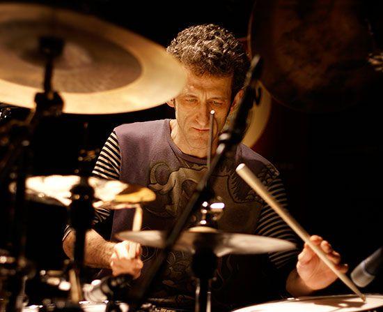 Drummerworld: Jojo Mayer