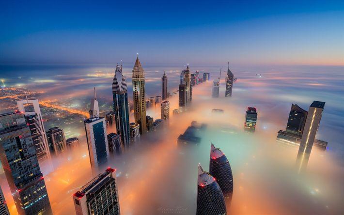 壁紙をダウンロードする ドバイ, 超高層ビル霧, 夜, UAE, トップスの高層ビル群, 近代ビル, 塔