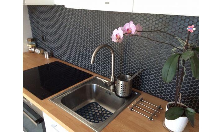 mała mozaika ceramiczna heksagonalna czarna matowa