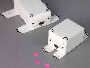 envolver-regalo-con-forma-de-oso-polar