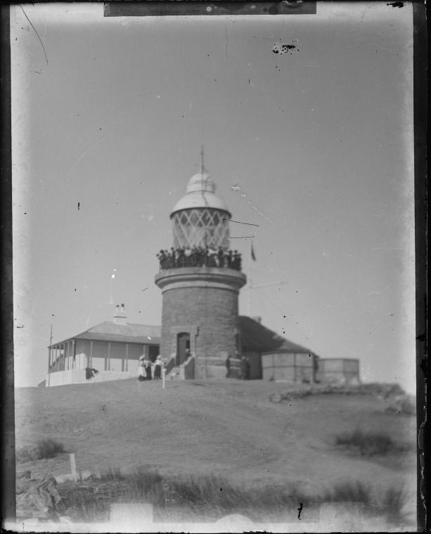 230712PD: Breaksea Island lighthouse, off the coast of Albany, ca. 1910.  http://encore.slwa.wa.gov.au/iii/encore/record/C__Rb3780754__Sbreaksea%20island__P0%2C3__Orightresult__U__X6?lang=eng&suite=def