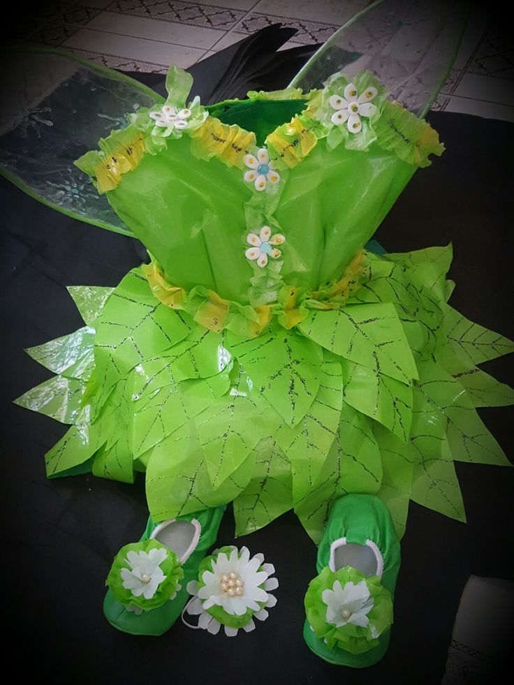 Disfraz con material reciclado de #tinkerbell
