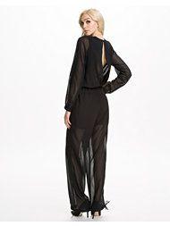 http://nelly.com/se/kl%C3%A4der-f%C3%B6r-kvinnor/kl%C3%A4der/jumpsuit/rutcircle-540/wonda-jumpsuit-542084-14/