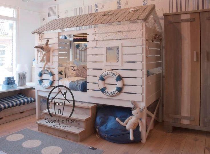 Strandhuis bed