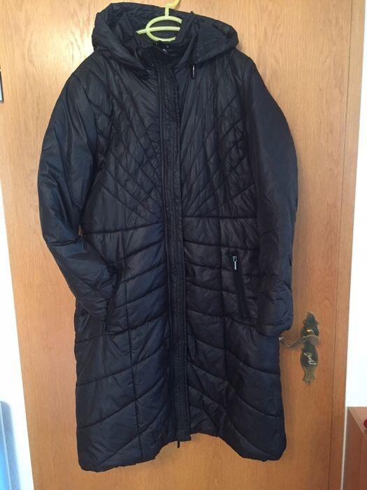 Langer schwarzer Damenmantel mit abnehmbarer Kapuze von Takko #Mantel #Mode #Damen #kleiderkreisel #schwarz : http://www.kleiderkreisel.de/damenmode/mantel/143712459-langer-schwarzer-damenmantel-mit-abnehmbarer-kapuze-von-takko.