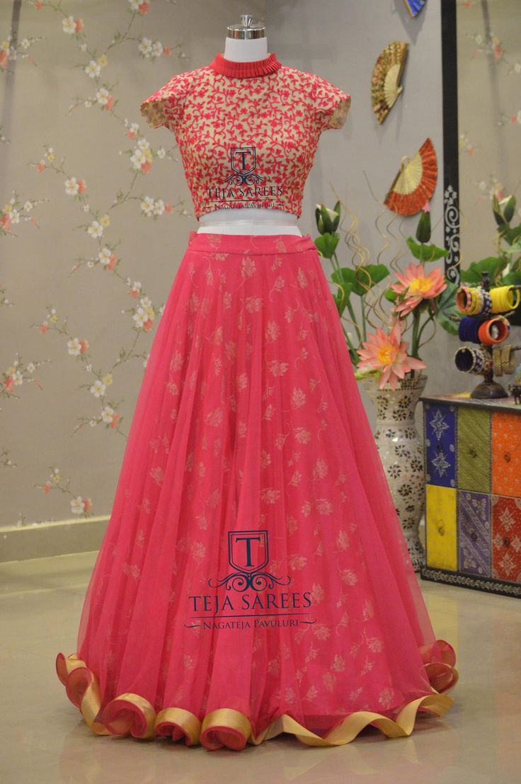TS1LH4-169 SEPAvailableFor queries/ price detailsWhats App us on8341382382 Reach us on8790382382 orplease mail us attejasarees@yahoo.com tejasarees LikeNeverBefore hyderabad designerwear tejupavuluri croptops Stay Amazed!!!Team Teja!