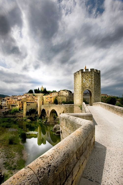 Besalú - Castle Rampart, Catalonia, Spain