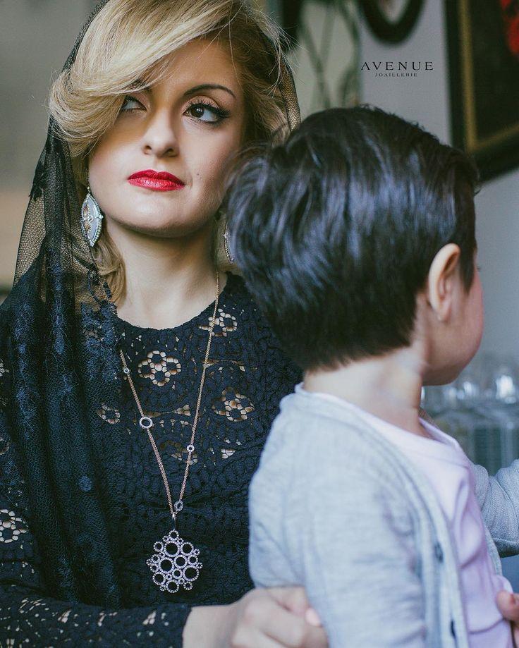 Ничто так не дополняет образ изысканной утонченной женщины как ювелирные изделия с драгоценными камнями! Серьги с перламутром и бриллиантами от #Giancarlo Gioielli. Подвеска с коньячными и белыми бриллиантами от #Talento Italiano.  #jewellery #earrings #rings #pendant # necklace #gold #diamonds #beauty #women #avenuevsco #vscogood #vscobaku #vscocam #vscobaku #vscoazerbaijan #instadaily #bakupeople #bakulife #instabaku #instaaz #azeripeople #aztagram #Baku #Azerbaijan