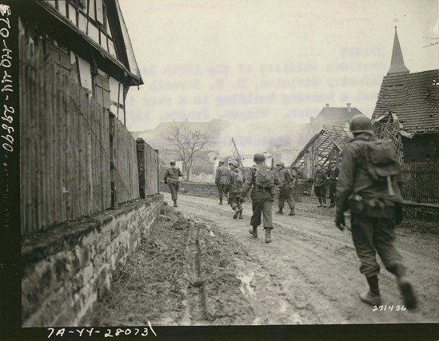 l'entrée du Village de Wingen sur moder bas-rhin Alsace 70th.   Guerre,  Histoire, Alsace
