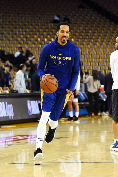 a47d5ef39683 Shaun Livingston of the Golden State Warriors warms up before the game  against the Houston Rockets on January 3 2019 at ORACLE Arena in Oakland.