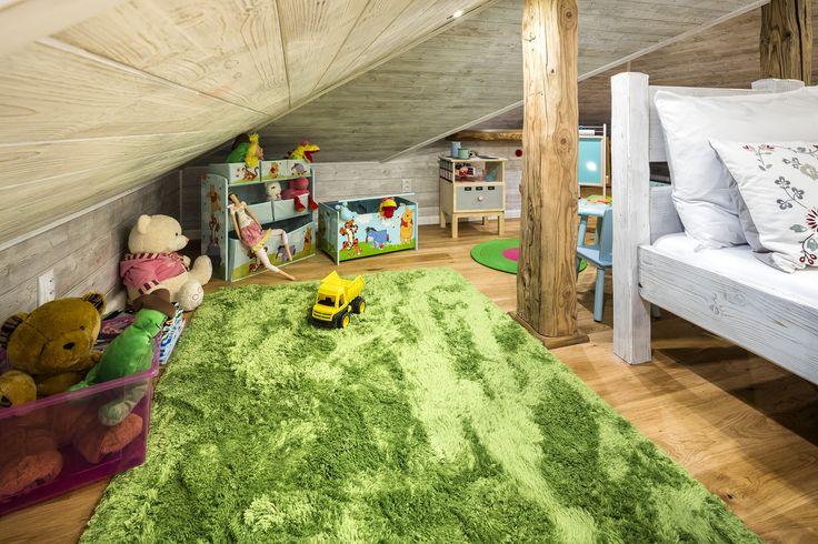 Zelený plyšový koberec Komoda na hračky Medvídek Pú Truhla na hračky medvídek pú