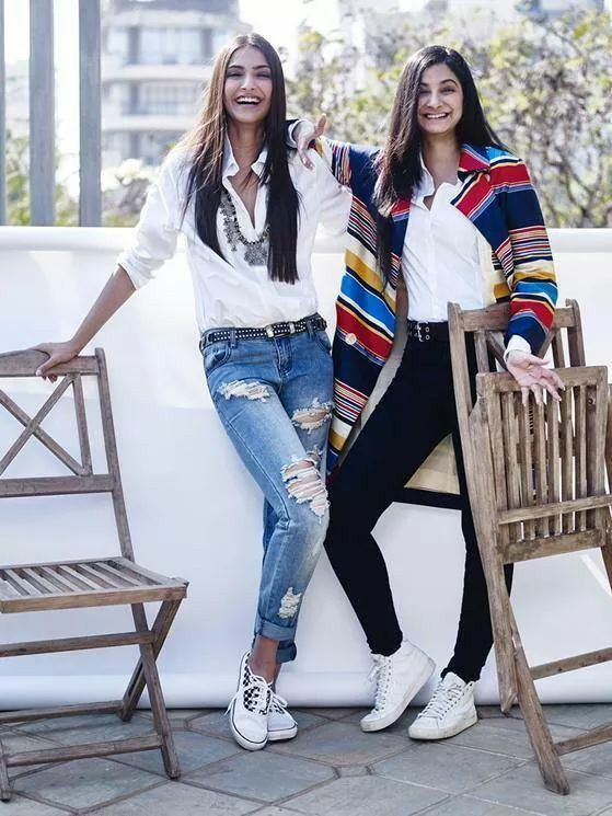 Sk with sister Rhea kapoor