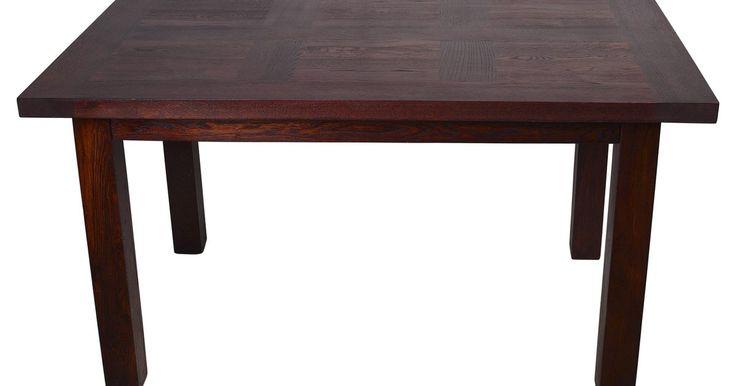 Até mesmo os móveis caros podem ficar lascados com o uso e com o tempo. Móveis com lascas possuem uma aparência velha, fora de época. As pessoas não se preocupam em consertar uma ...