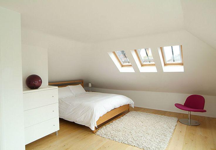 5 consigli di stili per arredare una stanza da letto piccola facendola diventare una stanza elegante e confortevole.