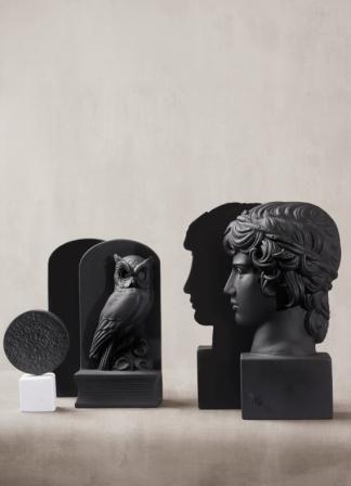 Phestos Disc, Bookend Owl & Antinous Bookend. #phestos #bookends #black #details #interiordesign #uniqueobjects #philosophy #sophiaenjoythinking #eternitytoday