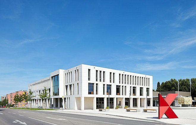 Stilvolle Architektur, leckeres Catering, moderne Ausstattung. Was könnte das sein? Richtig, unsere Location der Woche, Das K - Kultur- und Kongresszentrum Kornwestheim. #OLAW #OneLocationAWeek #Meeting #Kulturevent
