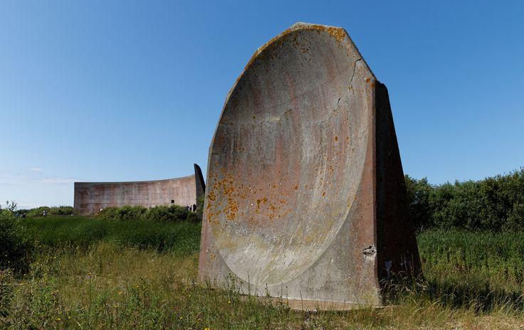 Denge-sound-mirrors.-Paul-Horsfield, UK coast near Dungeness, 'sound mirrors'