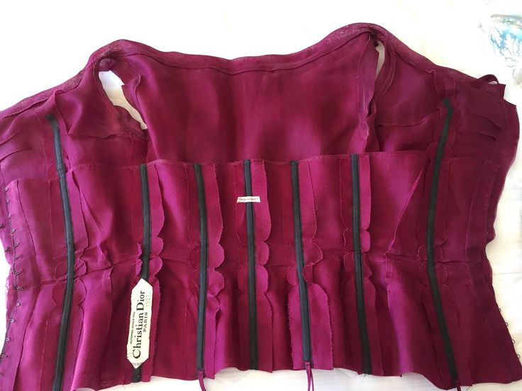 Christian Dior  A' 1954 Haute Couture Pleated Purple Top 5
