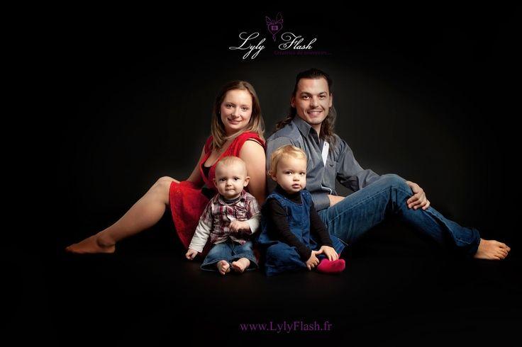 portrait de famille en studio by lylyflash