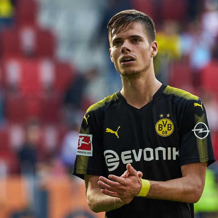 Barcelona and Manchester City Reportedly Target Borussia Dortmund's Julian Weigl