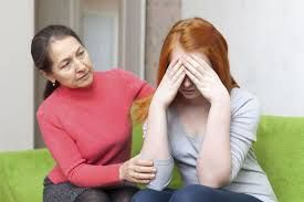 ОПАЃАЊЕ НА КОСАТА КАЈ ЖЕНИ И ПОЛИЦИСТИЧЕН ОВАРИЈАЛЕН СИНДРОМ Една од причините за опаѓање на косата кај жени е полицистичен оваријален синдром. ПЦОС како што е познато,е дисфункција на хормоните,која се случува кога женското тело произведува премногу машки хормони или андрогени.За да продолжите со читање кликнете на фотографијата...