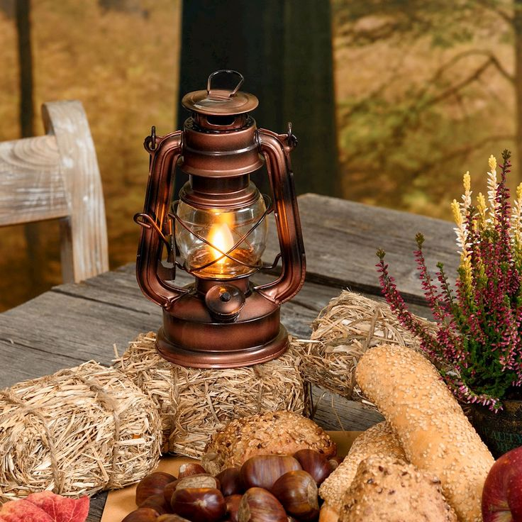 Lanterna color rame antico con effetto fiamma, led ambra