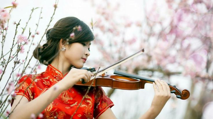Chinese girl playing violin