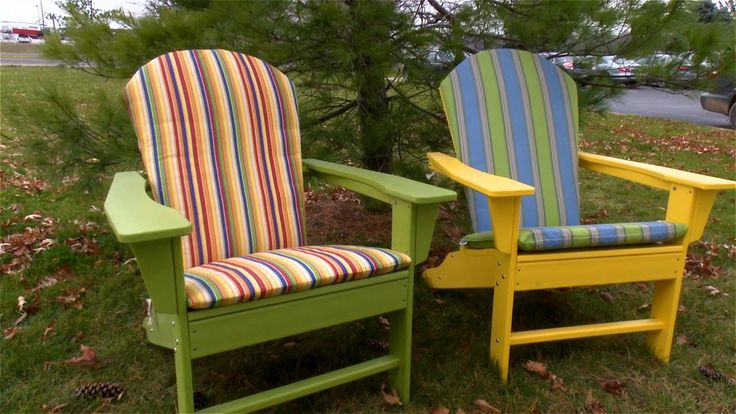 Make your own Adirondack Chair cushions made from Sunbrella Fabric. And save money using supplies from Sailrite.