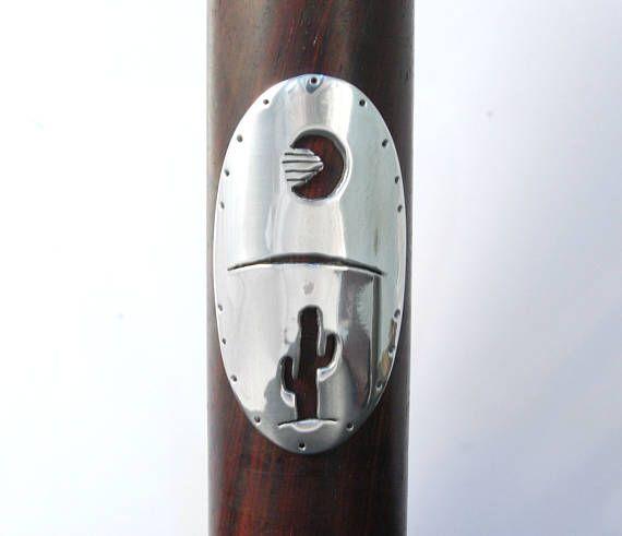 Anochecer en el desierto insignia de bicicleta. Escudo para bicicleta. Aluminio espejado. Lista para enviar.